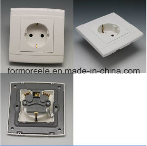 Europe Socket Plastic White 10A250V pictures & photos