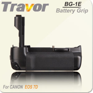 Travor DSLR Battery Grip for Canon EOS 7D (BG-E7)