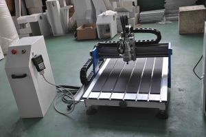 Hot Sale Mini 4040 Sign Making CNC Router pictures & photos