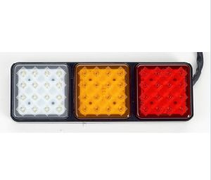 Auto Parts 24V LED Tail Light for Truck pictures & photos