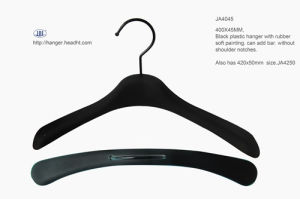 Hot Sale Soft Finish Top Wooden Clothes Hanger Hangers for Jeans pictures & photos