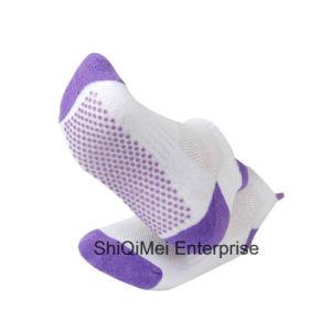 2016 New Products Custom Comfortable Anti-Slip Non-Slip Socks pictures & photos
