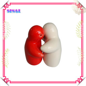 White Ceramic Hugging People Salt & Peper Shaker