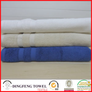 2016 Hot Sales 100% Organic Cotton Thick Jacquard Bath Towel with Satin Border Df-S367 pictures & photos