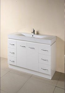 Hot Selling Bathroom Cabinet with Certificate (SW-F1500KW) pictures & photos
