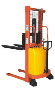 Lifting Height 1.6m to 3.5m Semi Electric Stacker