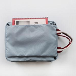 Waterproof Fashion Unisex Nylon Travel Handbags Women Wash Toiletry Bag pictures & photos