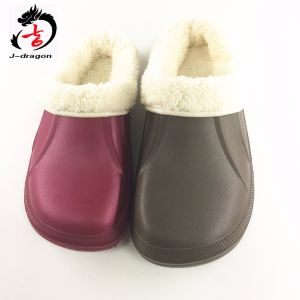 Winter Keep Warm EVA with Fur Clogs pictures & photos