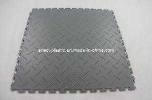 20-1/2 Inch W X 20-1/2 Inch L Diamond Plate Vinyl Garage Floor Tile pictures & photos