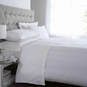 100%Cotton 3cm Stripe Economic Hotel Bed Sheet Sets pictures & photos