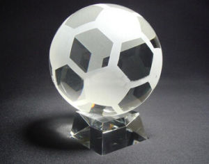Clear Crystal Glass Soccer Trophy Football Trophy pictures & photos