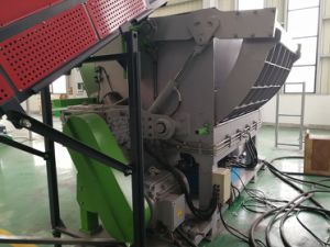 High Efficiency Single Shaft Shredder for Shredding PP Bags pictures & photos