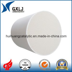 Catalyst Coated Ceramic Honeycomb Used in Vehicle pictures & photos