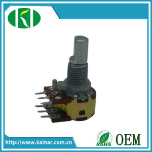 12-13mm Dual Gang Rotary Potentiometer with Metal Shaft WH122-2 pictures & photos