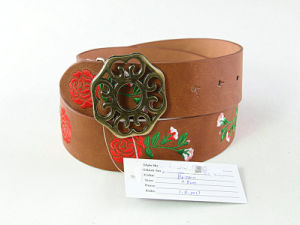 Fashion Factory Price Embroidery Leather Belt pictures & photos