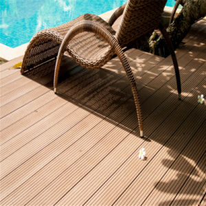 Cheapest Timber Wood Plastic Composite Decking Made in China pictures & photos