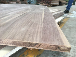 American Walnut 3 Layer Solid Panel pictures & photos