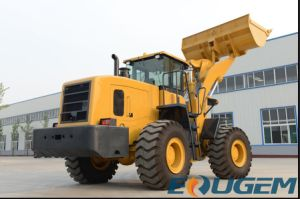 Chinese Manufacture 5ton Loader Boom Loader for Sale pictures & photos
