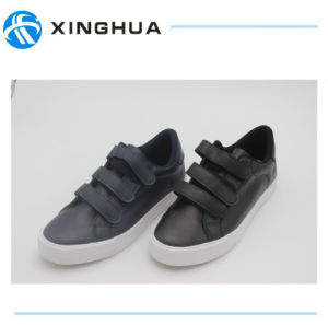 2017 New Hot Sale Wholesale Magic Tape Shoes pictures & photos