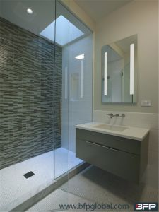 Simplify Customized Bathroom Cabinet with Mirror Wall Cabinet and Sink pictures & photos