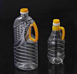 Semi Auto Plastic Bottle Blowing Machine pictures & photos