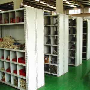 Wholesale Steel Light Duty Boltless Shelving pictures & photos