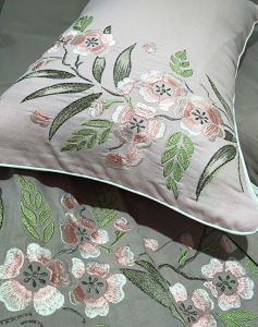 Comforter Set Luxury Cotton for Bedroom pictures & photos