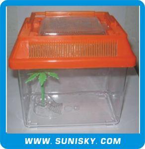 Transparent Plastic Pet Carrier (SFT-180B) pictures & photos