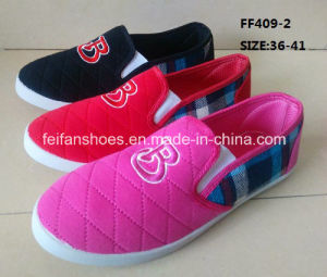 Cheap Fashion Lady Casual Shoes Injection Canvas Shoes (FF409-2) pictures & photos