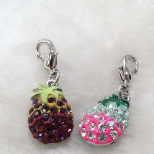 China Wholesale Fashion Alloy Cute Crystal Pineapple Charm (18265) pictures & photos