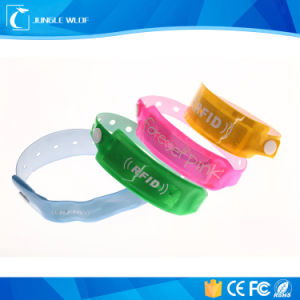 One Time Use Disposable RFID Wristband in Soft PVC pictures & photos