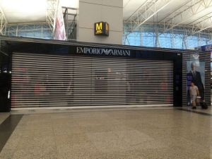Transparent Polycarbonate Roller Shutters for Commercial Shop pictures & photos