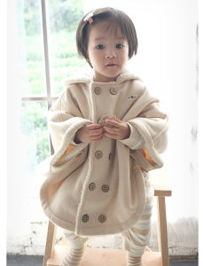 Nature Color Baby Cloak Clothes with Imitation Lamp Plush pictures & photos