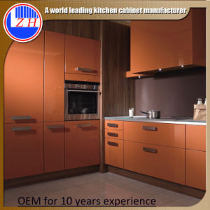 2015 New Fiber Kitchen Cabinet (high glossy or matt color) pictures & photos