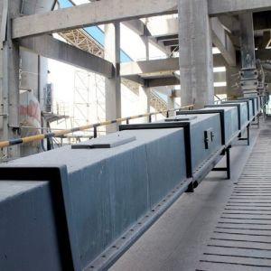 Slant/Oblique/Gradient/Fastigiate/Tiltable Material Handling Drag Chain Conveyors pictures & photos