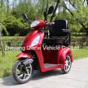 Four Wheel Electric Power Elderly and Invalid Scooter /Elderly and Invalid Vehicle (ST095) pictures & photos