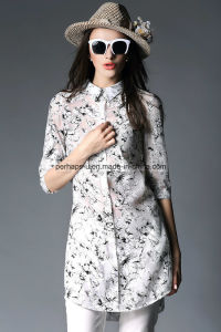 Fashion Printing Shivering Polo Neck Women Shirt Women Clothes pictures & photos