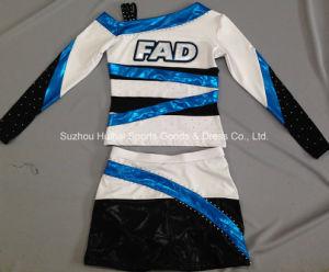 Metallic Shiny Cheerleading Uniform with Rhinestones pictures & photos