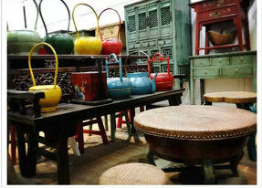 Delicate and Mignon Bucket Antique Furniture pictures & photos