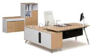 High Grade Modern Steel Leg Office Furniture Office Desk (SZ-ODT661) pictures & photos