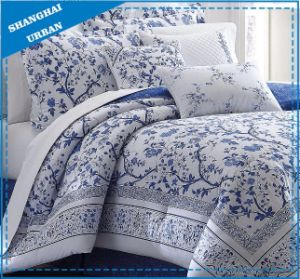 Eastern China Design Microfiber 7PCS Comforter Home Textile pictures & photos