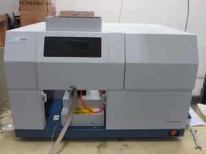 Aas Flame Atomic Absorption Spectrophotometer with Computer and Printer pictures & photos