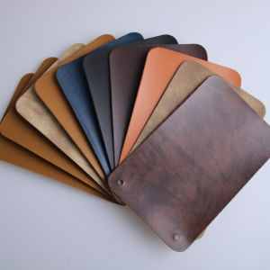 1.3 mm Synthetic PU Leather for Embossed Brand Logo pictures & photos