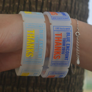 Custom Giveaway Silicone Band Concave Word Wristband