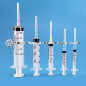 3 Parts Disposable Syringe with Needle pictures & photos