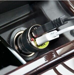 Single or Dual USB Bullet Shape Car Charger with LED pictures & photos