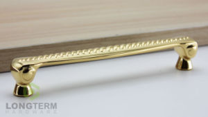 Hot and Fancy Gold Polish Brass Cabinet Door Pulls Handles pictures & photos