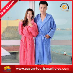 Embroidered Soft Touch Cotton Quilted Luxury Hotel Bathrobe pictures & photos