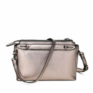 Shining Snake Grain Lady Crossbody Bag (MBNO040100) pictures & photos