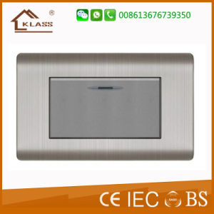 110V~250V 16AMP Wall Switch Socket Office Use pictures & photos